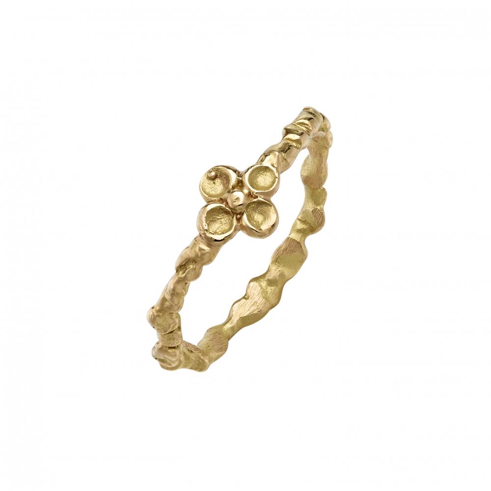 Four leaf clover engagement ring