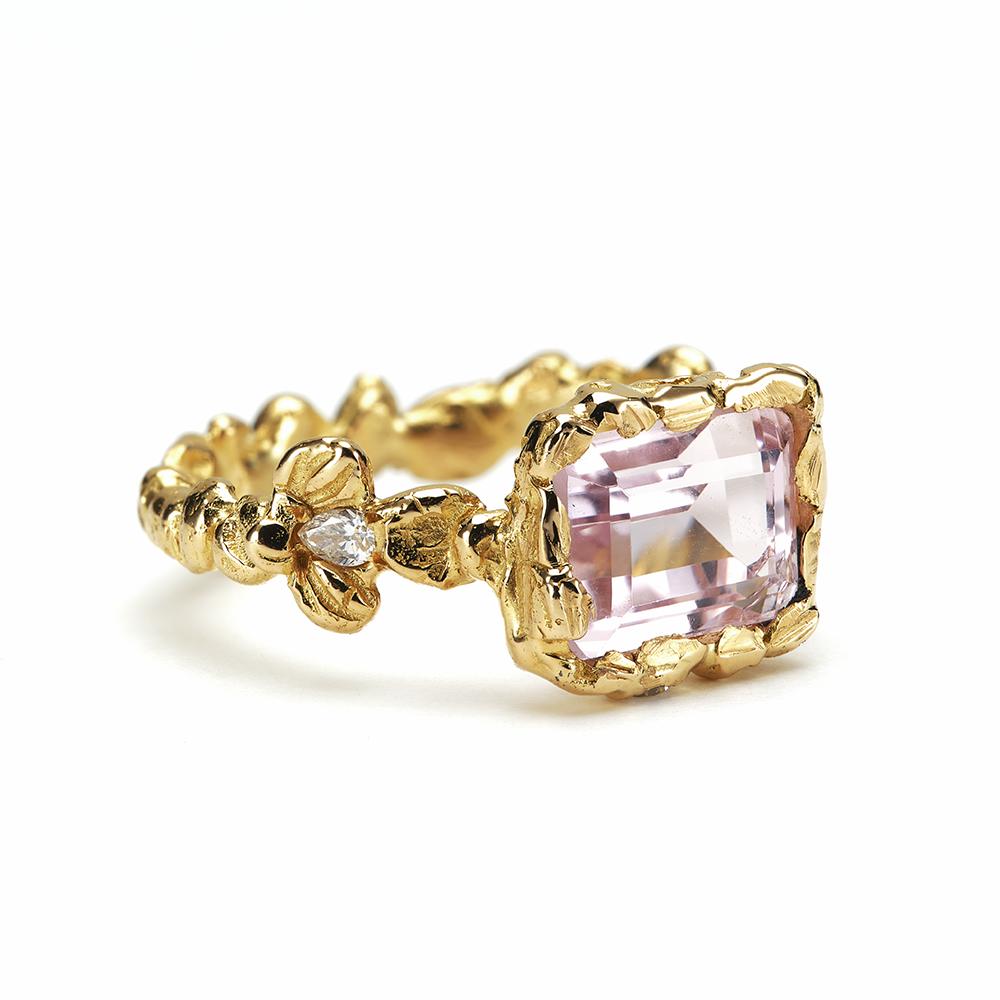 Aurora Tenderness Ring